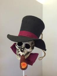 hangdeco skelet met pijp