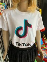 t-shirt tiktok wit